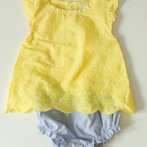 Baby girl carters romper 9M